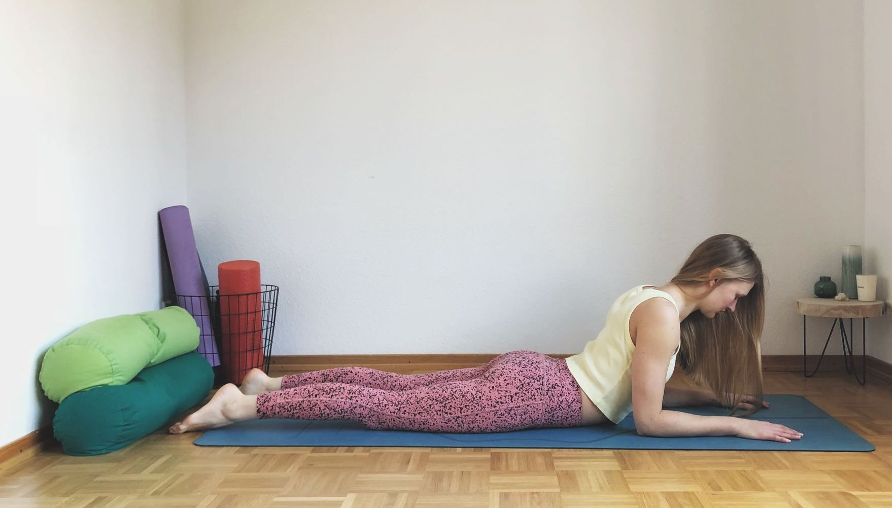 Yin-Yoga-Tutorial-Herzöffnung-Heart-Sphinx-Asana-Rückbeuge-OhYesYoga